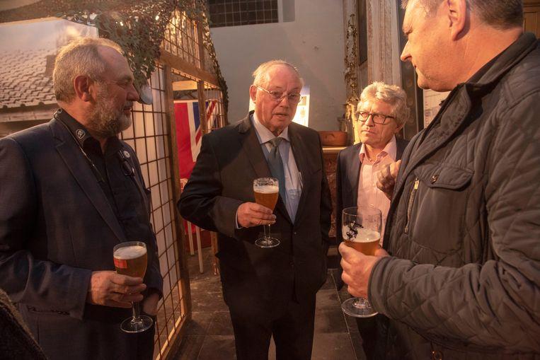 Ere-Gouverneur Paul Breyne te gast op de expo WOI in Gijzenzele.