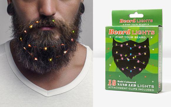Bij Bol.com kan je voor 9,99 euro je baard pimpen met kerstlichtjes.