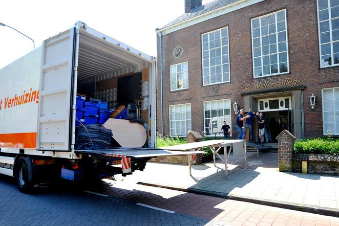 Het voormalige Mollercollege in Waalwijk wordt omgebouwd 47 appartementen.