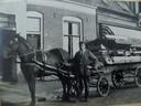 Op de hoek van de Bekensteinselaan en Bisschopsweg was tot 1961 de groentewinkel van H.L. Houtveen gevestigd. De groenten werden niet alleen verkocht in de winkel, maar ook met paard en wagen huis-aan-huis uitgevent.