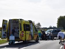 Motorrijders gewond door botsing tegen auto met een paardentrailer