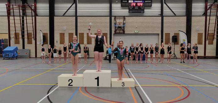De nieuwe springkampioenen van Fysion Nijverdal.