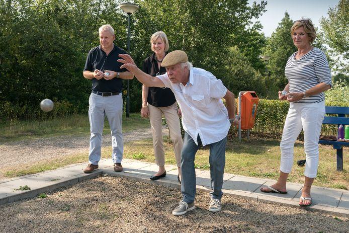 De bedoeling is dat er in 2022 als het EK naar Den Bosch gaat  overal petanque wordt gespeeld zoals hier in Vught.