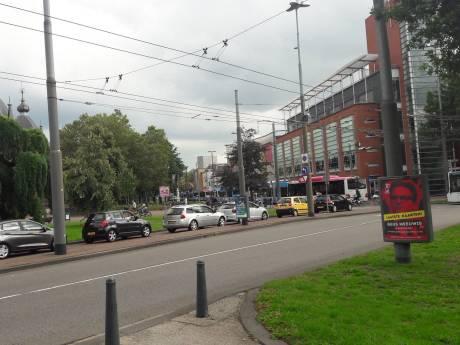 Verkeer in en om Arnhem staat muurvast door afsluiting Pleijroute