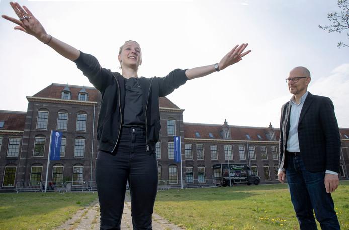 Dansdocente Introdans Mironne Gerritsen en directeur van het Akoesticum Harold Lenselink.