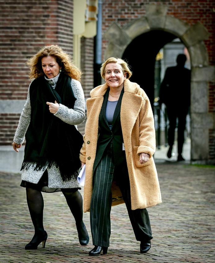 Bijleveld, minister van Defensie, bij aankomst op het Binnenhof voor de wekelijkse ministerraad.