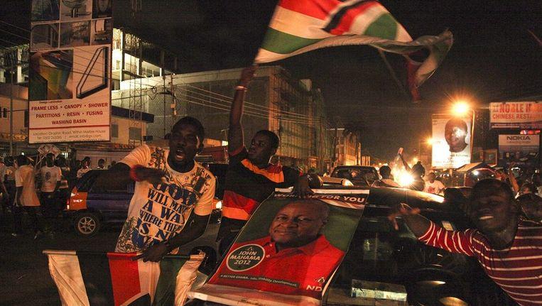 Aanhangers van Mahama vieren zijn overwinning Beeld ANP