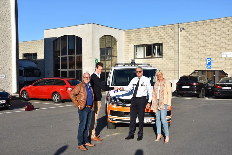 Het nieuwe voertuig is vanaf nu in gebruik voor de politiezone Denderleeuw/Haaltert.