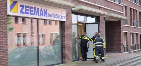 Medewerkers ontdekken flinke waterschade in Zeeman in Etten-Leur