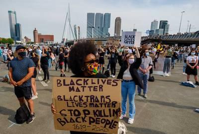 Demonstreren tegen racisme? 'Blijf thuis als je niet uit Utrecht komt'
