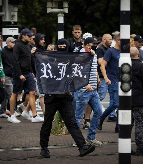Rutte: 'Doorgesnoven hooligans misbruikten demonstratie Den Haag'