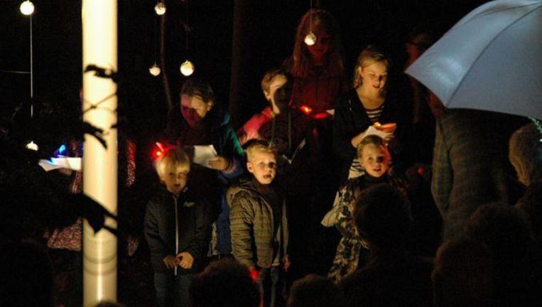Bij de 'Allergedachtenisavond' in Purmerend, zaterdag. Beeld kerkhofoverweersepolderdijk.nl