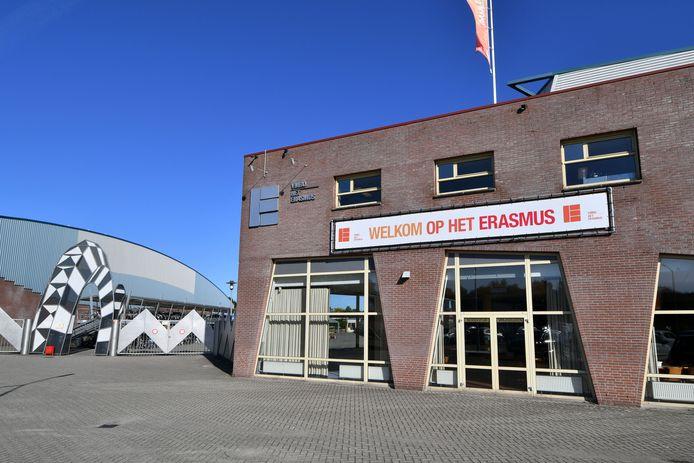 Na ongeveer 25 jaar verdwijnt de vmbo-school van Erasmus bij zwembad Het Sportpark.