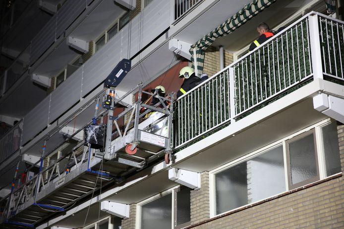 Brandje op glazenwasserslift in Bergen op Zoom.