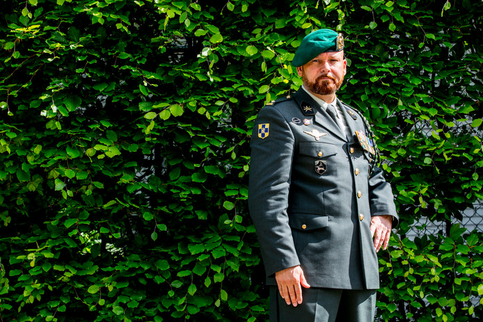 Portret van Marco Kroon, drager van de de Militaire Willems-Orde.