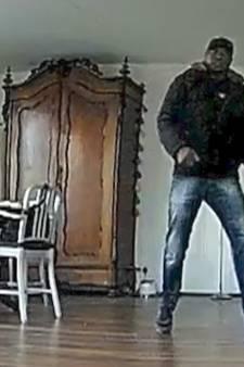 Man (58) kijkt live op telefoon mee hoe onbekende inbreekt in zijn woning