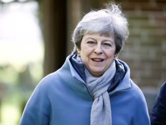 Britse premier May houdt crisisberaad over brexit