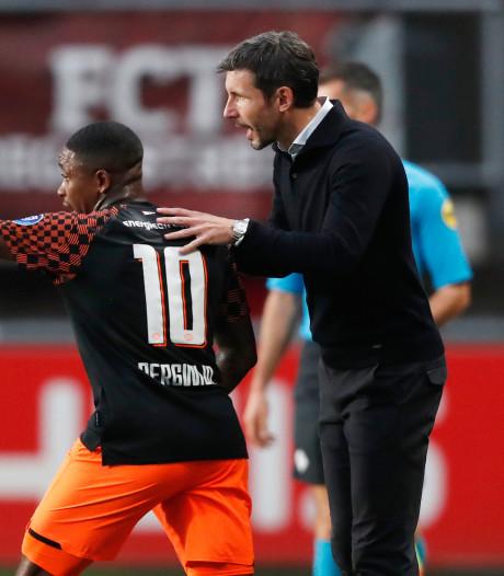 Van Bommel moet bij PSV het tij zien te keren na een zware zomer
