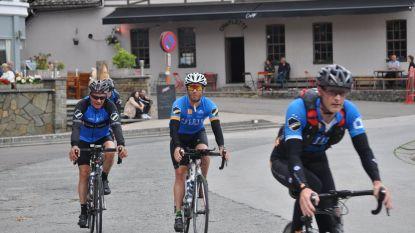 Ode geslaagd! Vincent fietst als eerbetoon aan overleden vriend in twintig uur langs grenzen van oude graafschap Vlaanderen