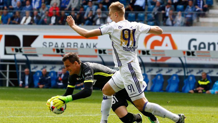 Kalinic had in de tweede helft twee knappe reddingen in huis om Hanni en zeker Teodorczyk van de 0-1 te houden.
