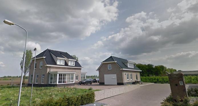 Voor Sellikstraat 12 in Velddriel, waar al geruime tijd arbeidsmigranten wonen, moeten de eigenaren een vergunning aanvragen bij de gemeente. Maasdriel heeft die geweigerd.