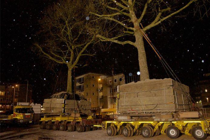 De platanen worden verplaatst, december 2010.