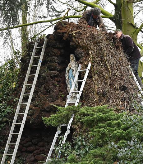Dankzij de vrijwilligers is de verwaarloosde Lourdesgrot weer opgeknapt