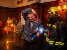 Ken je die mop van de brandweerman die geen lintje kreeg? Die kreeg hij nu wel