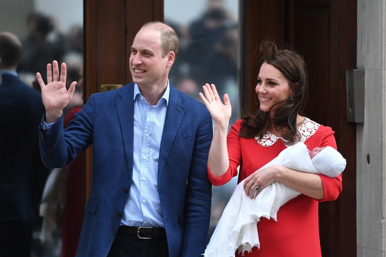 Kate Middleton en prins William na de geboorte van Louis