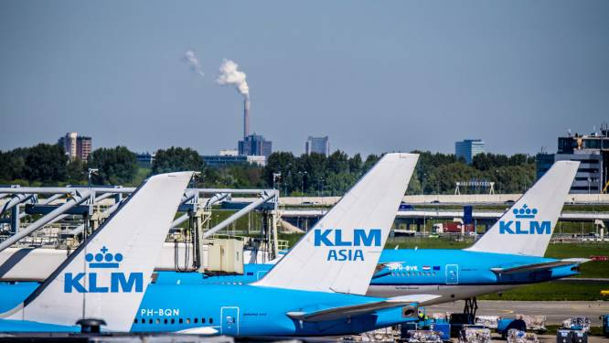 Geen sigaretten meer te koop bij KLM