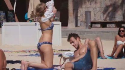 Dààrom keek Damiano niet naar Wendy toen ze zich uitkleedde op het strand