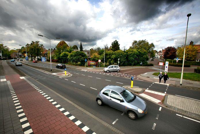 De hoek waar het appartementencomplex moet komen aan de Lagekerk in Deurne.