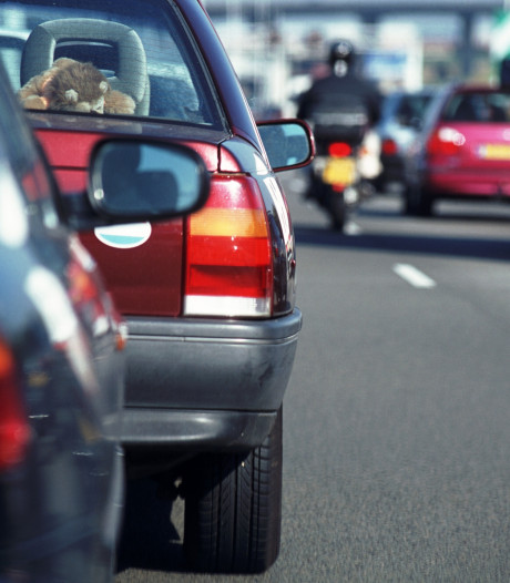 Ongeluk met vrachtwagen op A67 bij Eindhoven, weg weer vrij