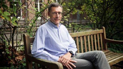 """Belgisch hoofd van Oxford-ziekenhuizen: """"Tegen september zouden wij 20 miljoen vaccins kunnen hebben"""""""