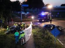 Jong kind zwaargewond bij frontale botsing in Hedikhuizen, brandweer bevrijdt vastzittende  bestuurder en passagier