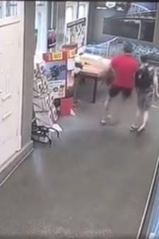Man (41) duwt jongen omver in Arnhemse supermarkt, hij is een dag later aangehouden