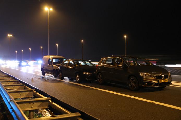 Ongeluk op de Rijksweg A12 bij Veenendaal.