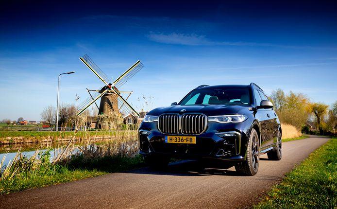BMW's nieuwe vlaggenschip is luxe, ruim, sportief én breed