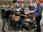 Vrouw schopt man na weigeren afstand houden in supermarkt en krijgt zak potgrond tegen haar hoofd