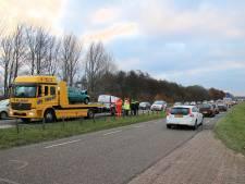 Files door ongeluk op Deltaweg: één gewonde