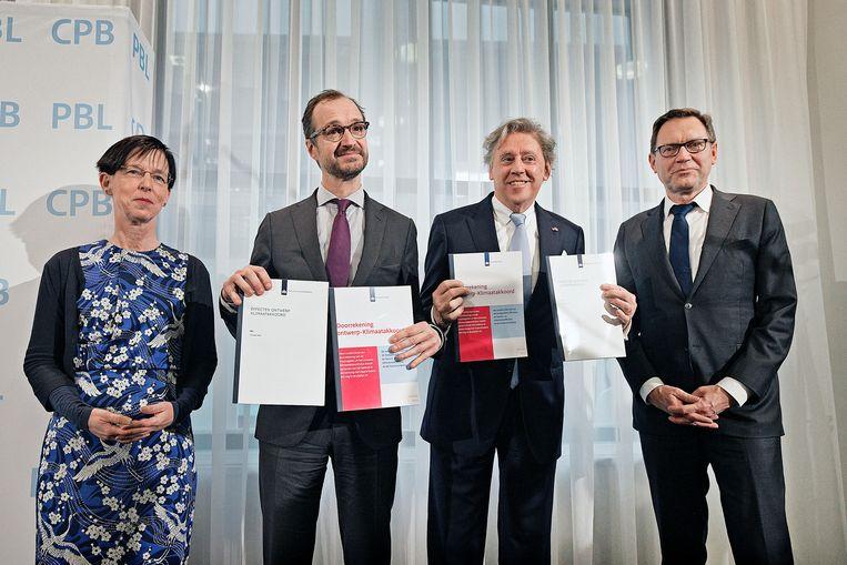 De Klimaattafels leverden een lijvig rapport op. Beeld Guus Dubbelman / de Volkskrant