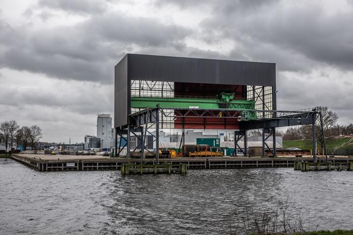 De omgevingsvergunning is binnen voor geplande biomassacentrale op Voorst, aan de Katwolderhaven in Zwolle. Toch betekent dat niet dat het plan per definitie doorgaat.