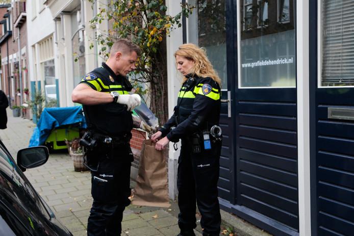 Het mes werd in de Hendrikstraat gevonden.