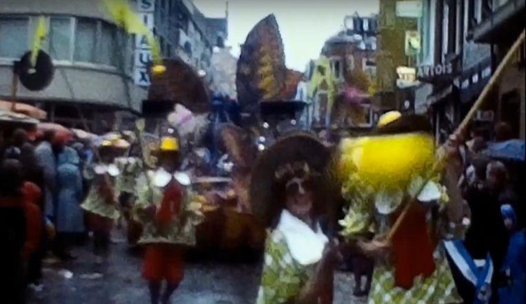 Zender'al Peipels? Die vraag stelden Dei Van Sinte Roukes zich in 1977. De aanzet tot de polyester traditie werd gegeven door deze legendarische groep.