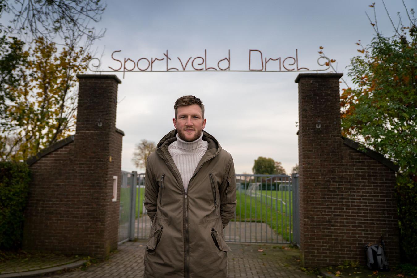 Wesley Vree voor de poorten van RKSV Driel.