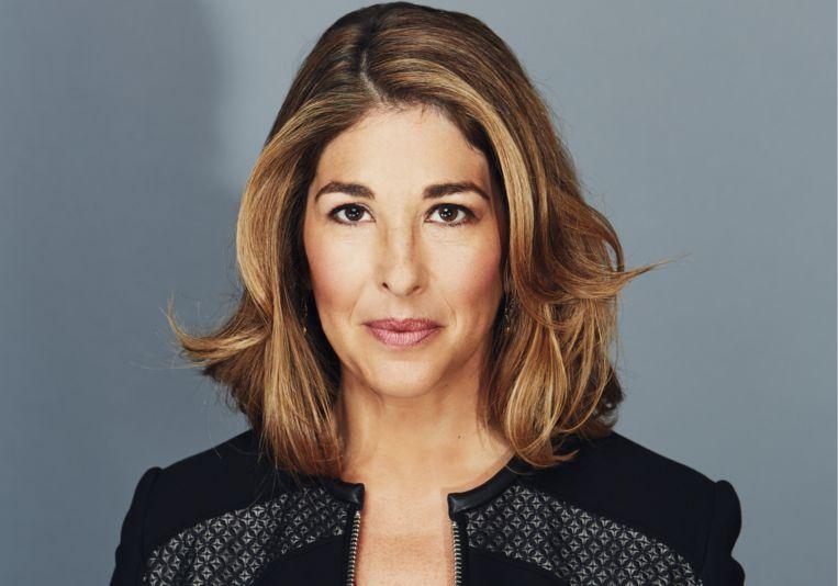Naomi Klein (1970) werd in 1999 beroemd met 'No Logo', over multinationals. 'Brand!', waaruit dit essay afkomstig is, is het vijfde in het Nederlands vertaalde boek van de Canadese auteur. Beeld