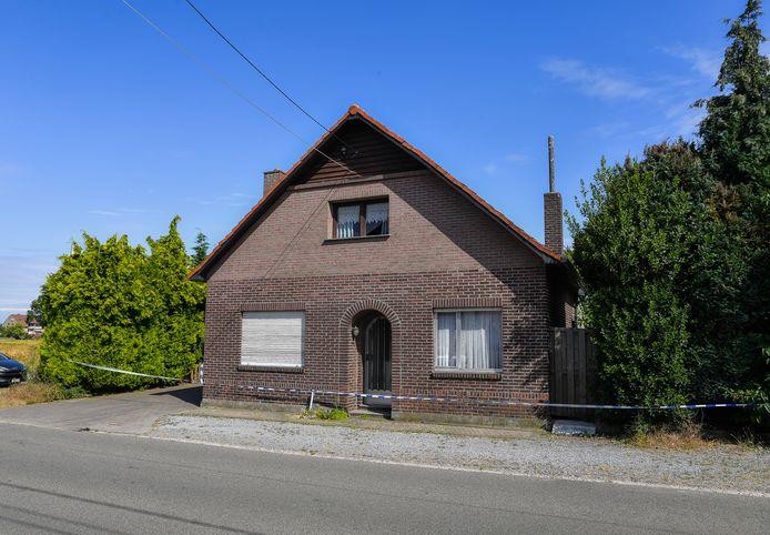 Het huis in de Zandstraat waar het koppel woonde.
