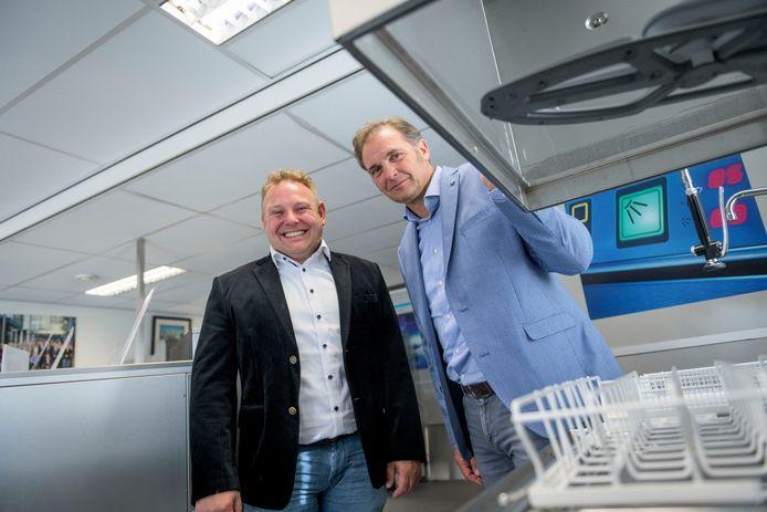 De broers Edwin (links) en Bert Vossebeld.