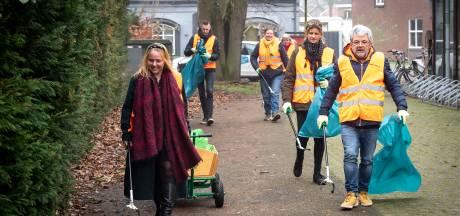 Buurt ruimt wijk Borgvliet zelf op: 'Niet mopperen, maar prikken'