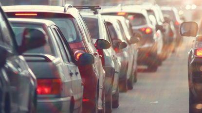 Tot drie kwartier aanschuiven op E40 door bruginspectie in Drongen
